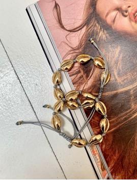 Bracelet coquillages dorés hippie CAURI7 - Boutique L'ananas