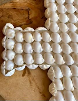 Petite croix coquillages décoration - Boutique l'ananas