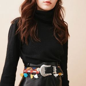 Les soldes continuent avec de petits prix .. 🤍 Cette ceinture gipsy existe aussi en camel. 🥰  #soldes #ceintureethnique #ceinture #bohemestyle #outfit #outfitinspiration #inspiration #outfitoftheday #sales #bordeaux #boutiquelananas #lananas #bordeauxcity #boheme #hippiechic