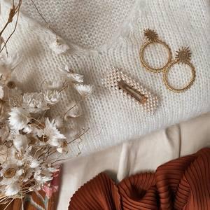 Mood Bohème 💟 N'hésitez pas à porter de jolis accessoires avec vos looks du jour ! Des bijoux, des barrettes, des chapeaux.. Amusez vous. 🤩 . . www.boutique-lananas.com #bohemestyle #outfit #outfitinspiration #inspiration #outfitoftheday #bijouxboheme #moodoftheday #inspirationoftheday #inspi #inspofashion #bordeaux #boutiquelananas #lananas #bordeauxcity #boheme #hippiechic