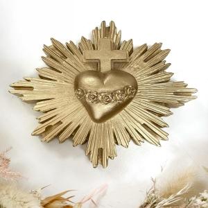 BONNE FÊTE MAMAN ❤️ Nos exvotos en idée cadeau pour offrir à votre maman, ou tout simplement pour vous offrir. 💜🤍 #coeur #coeurexvoto #exvoto #bonnefetemaman #cadeau #amour #bordeaux #boutiquelananas #love #decoboheme #bohemestyle