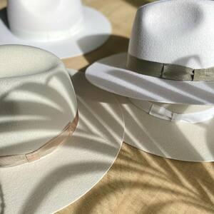 NOS CRÉATIONS L'ANANA(S) 🍍 Quel est votre chapeau préféré ?  www.boutique-lananas.com  #chapeau #chapeauboheme #hat #weddinghat #createurfrancais #creatricebordelaise #bordeaux #madeinbordeaux #bohemestyle #bohostyle #gipsysoul